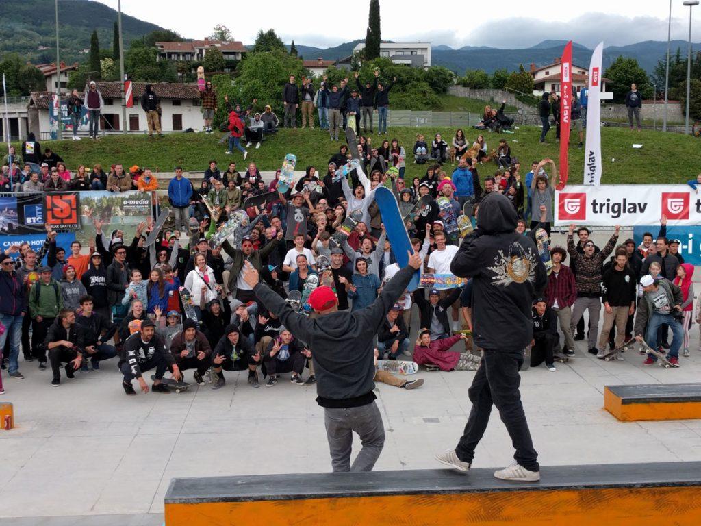 Crowd_Slovenia_2016